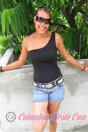 women in dominican republic