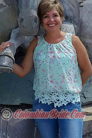 147087 - Ayda Age: 66 - Colombia